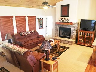 Special Spring Rates! $99 per Night! Cozy Cabin In Beautiful Show Low!