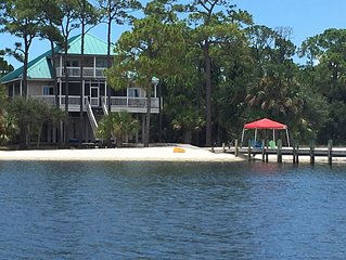 'Sapelo' -  BayFront in Plantation, Private Dock & Beautiful White Sand Beach