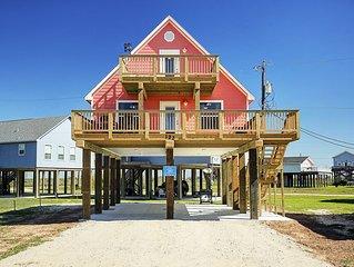 Beautiful Beach House w/ Views of Ocean. Hi-spd Internet. Golf cart. EV charging
