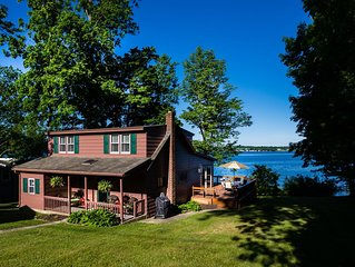 Great Fall Rental on Finger Lakes Wine Trail: Owasco East Side Lakefront