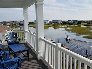 Waterfront with Dock,Free Golf Cart***,Pool,Elevator,Linens,Spectacular Sunsets
