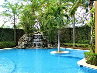 1 Bedroom Luxury Condo, Langosta Beach, Tamarindo, Sleeps Up to 4