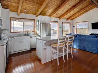 Gorgeous Newly Remodeled Home, Steps From The Beach