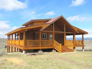 Sheep Mountain Cabin - Sleeps 8; 3BD/2.5BA on 19 acres of Montana paradise