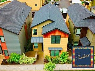 The PendletonEugene, Oregon 4 BR/3 BA. Walkable Neighborhood!