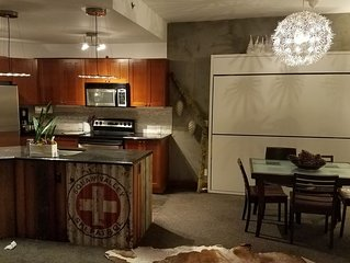 SKI IN / SKI OUT - Two Bedroom Condo - VILLAGE AT SQUAW VALLEY