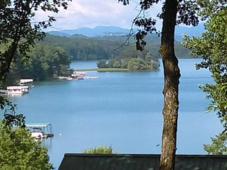 Fall Nights Avail. $89 Lake Chatuge Country Cottages Carolina Cottage Free Wifi!