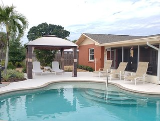 Dog Friendly Pool home, mins to Anna Maria Is & IMG Academy