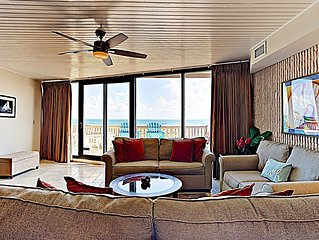 2BR / 2BA 3rd floor condo, 2 shared pools and incredible gulf view