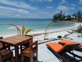 Coral Cove Beach Cottage  FREE 4 seater golf cart and 2 kayaks 1 s u p