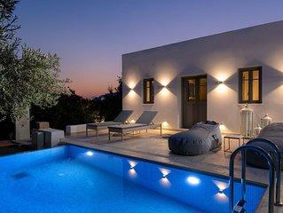 Luxury Villa, Pefkos, Pure Elegance w. Private Pool, Walk to beach & village!!