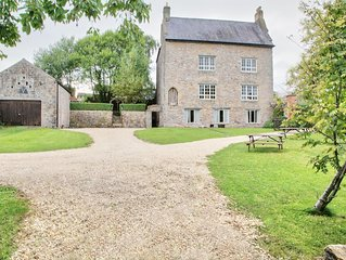 800 Year Old Manor House, Holiday Home, Stay in Luxury.