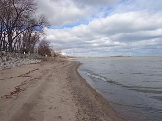 Relaxing Family Getaway in a private beach communitly, close to Cedar Point