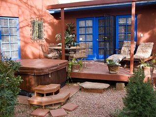 Peace and Serenity Near Red Rock Crossing and the Creek, Hot Tub, Pet Friendly