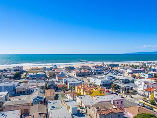 Stunning Townhome in the heart of Hermosa Beach! Walk to everything!