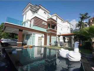 Luxury Villa w/Private Pool KTV BBQ 20Pax 豪华别墅私人泳池