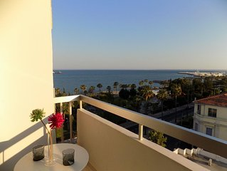 2b Boutique Seafront Apartment Old Port