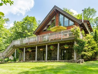 Well-appointed luxury mountain sanctuary near Bellayre & Plattekill