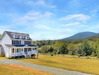 New, family-friendly home w/ 4 acres, killer views