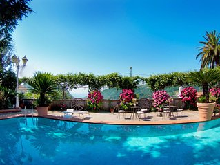 Amazing Historic Villa with marble pool & tropical garden in Amalfitan Coast