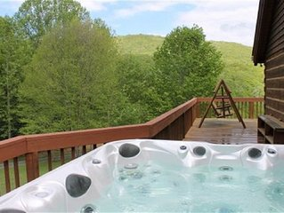 Spacious 4BR, Hot Tub, Acreage, Wifi, Minutes to River, Private, Wraparound deck
