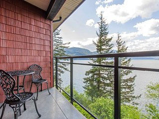 'The Lodge on Harrison Lake' (Suite #2)