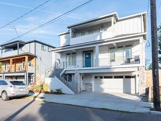 Casa Blanca: New 1 Bedroom Apartment in Quiet University Park Neighborhood