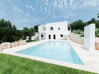 Loggia D'Itria Design Villa, private pool, wifi, air-con.