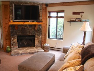 Seven Springs Condo, Ground level, Gas Grill, New Kitchen, Keurig, Down Bedding