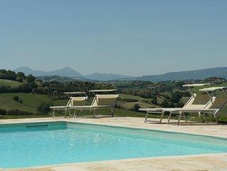 Luxe appartement met zwembad op droomlocatie, vlakbij zee met prachtig uitzicht