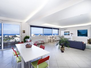 Fantastic penthouse with wrap-around views of Chania