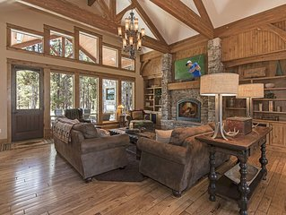 Spaciously Well Appointed Luxurious Home Near Sunriver, Great Outdoor Space!