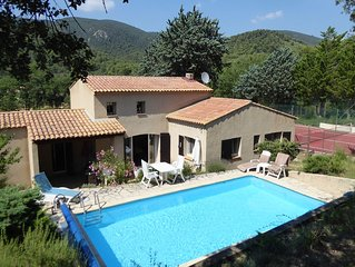 Provençal Country Villa with Pool and Tennis Court