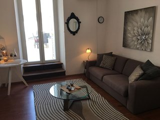 Old Town 2 bed 2 bath Large Terrace and no stairs to the bulding