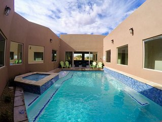 Retreat * Sand Hollow - Luxurious Home - Private Pool & Hot Tub - Near Zions NP