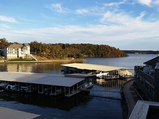 2 BR-Lakeview at Southwood Shores on Hwy. HH -WiFi- 10X24 Boat Slip Rental