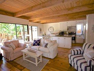 Bluebird Beach Cottage at Laguna Beach - walk to beach and town!