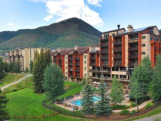 Ski In and Out from this Lovely Lionshead Condo in the Perfect Location!