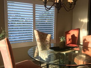 Ocean View Waikoloa Home, amazing yard with jacuzzi & outdoor shower, wifi, golf