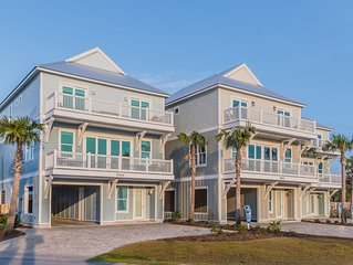 DISCOUNTED FALL RATES! Pool - Grill - Steps from the beach