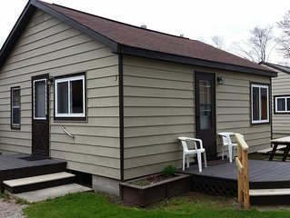 Houghton Lake - Lakefront Cabins (4 cabins sleep up to 24 people total)