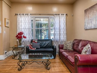 Classic Buffalo Apt. Close to Downtown and Elmwood