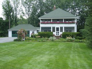 Lakefront property, perfect for family get togethers