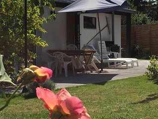 Petite maison classees 3 epis, terrasse et Wifi gratuite, cheques vacances