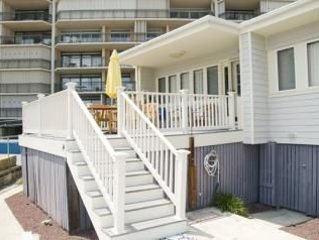 Ocean Front Luxury-North OCMD-Big Deck Steps to Beach