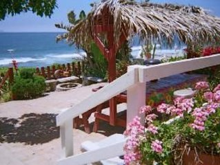 Dolphinview is a 3 bedroom, 2 bath beachfront home with private steps, vacation rental in San Antonio del Mar