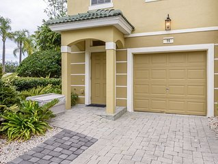 Luxury Vista Cay Orlando Townhome Near Universal, Disney, Convention Center
