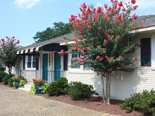 FALL RATES! Dog Friendly North End Beach Cottage
