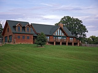 Luxurious Loghome near Nashville INSIDE Franklin TN-Perfect for famiy reunions