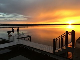 Perfect Christmas for extended family!!  Peaceful lake get away!  Sleeps 16!